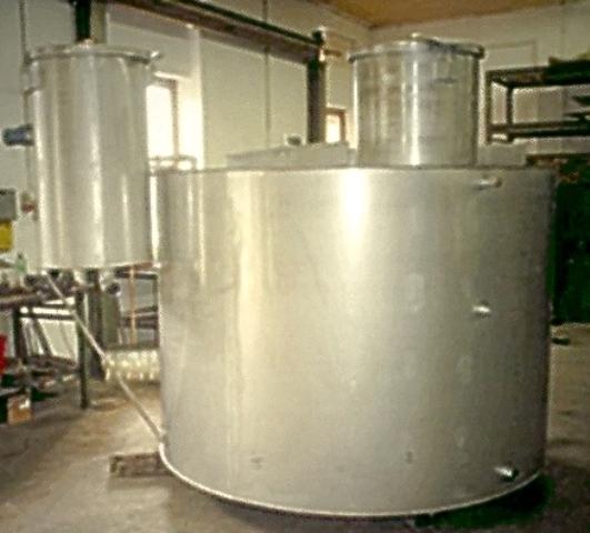 Trinkwasserbehälter Edelstahlbehälter Trinkwasserreservoire